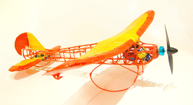3doodler-plane-finished-5
