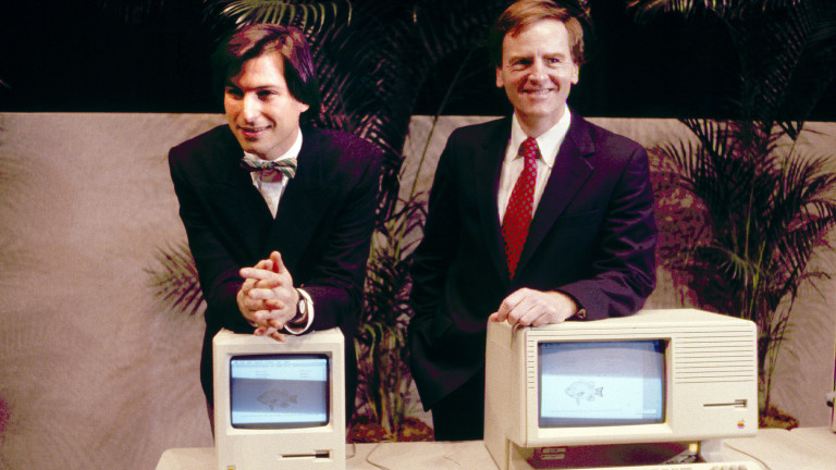 Steve P. Jobs; John Sculley