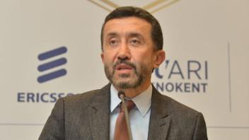 Avea CEO'su Erkan Akdemir