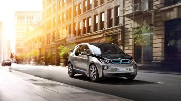 BMW'nin Türkiye'de de satışa sunduğu yüzde 100 elektrikli modeli i3