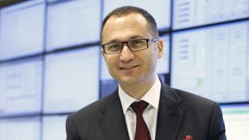 Türkiye Finans Bilgi Sistemleri'nden Sorumlu Genel Müdür Yardımcısı Fahri Öbek