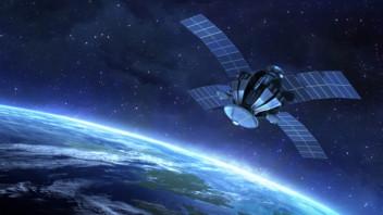 satellite600