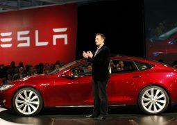 Elon Musk ABD'ye 3 yeni Gigafactory kuracak