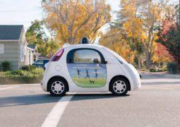 Kaliforniya insansız otomobillere hazırlanıyor