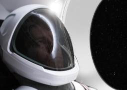 SpaceX 2021'de uzay turisti taşımaya başlıyor