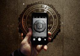 FBI 7000 şifreli mobil cihazı açmaya çalıştı