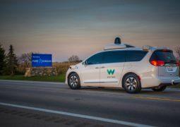 Waymo otonom araçlarını test edecek