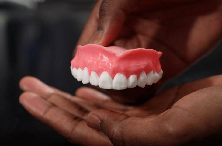 3D baskı diş protezi