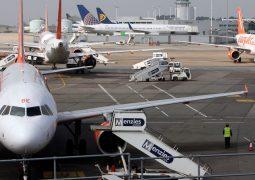 Hacker'lar İngiliz havalimanını çökertti