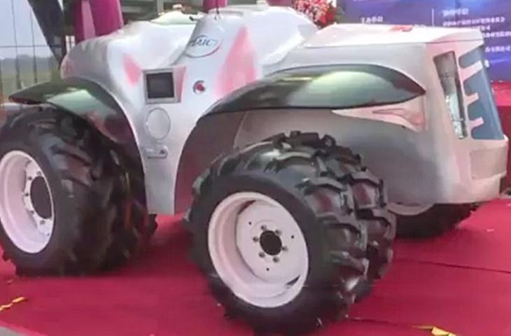 otonom traktör