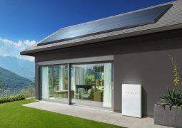 Tesla güneş panellerini kiralayacak