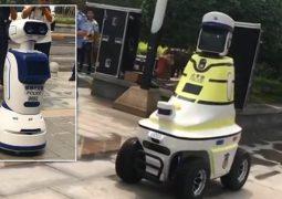 Robot trafik polisleri