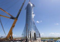 SpaceX'in uzay gemisi son şeklini aldı