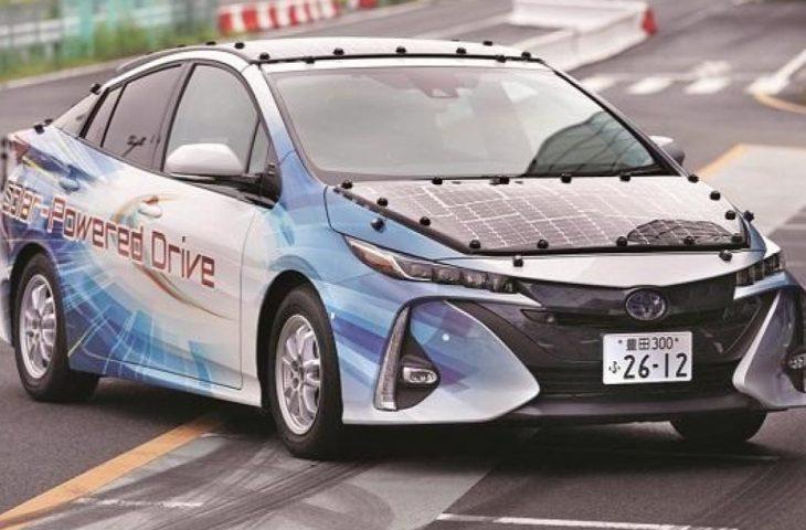 Toyota güneş enerjili araba