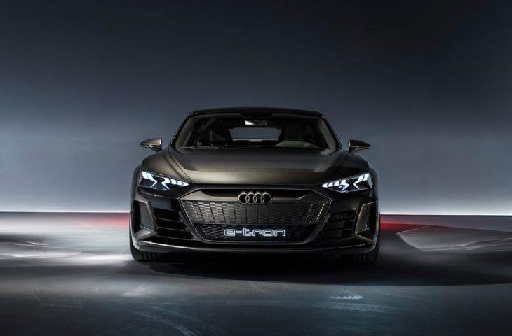 Audi elektrikli otomobil