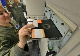 Nükleer silah sistemleri artık floppy disk kullanmayacak