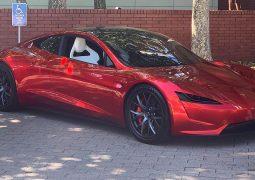Yeni Tesla anahtarsız çalıştırılabilecek
