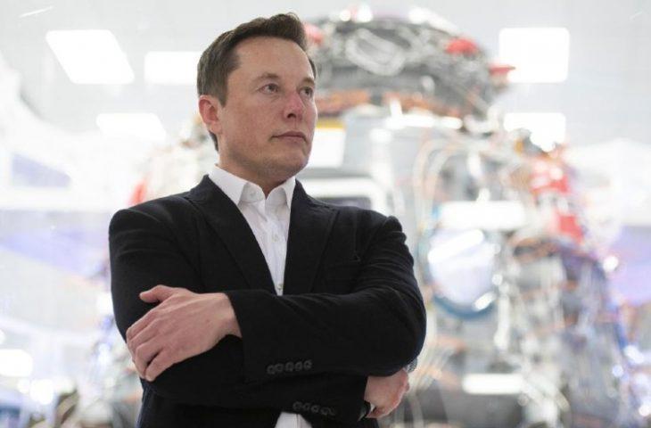 Musk kişisel servetini