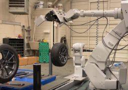 Lastik değişim robotu