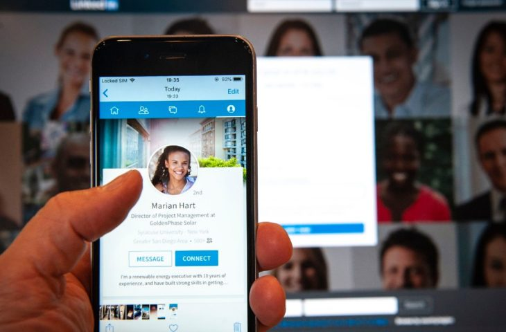 LinkedIn hikayeler