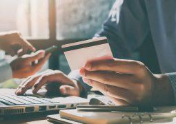 Girişimcilerin ve küçük işletmelerin online para kazanmaya başlamaları için 9 adım