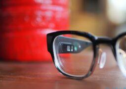 Apple akıllı gözlüğü otomatik netleme yapacak