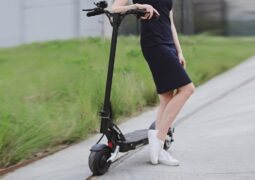 elektrikli scooter Mantis 8