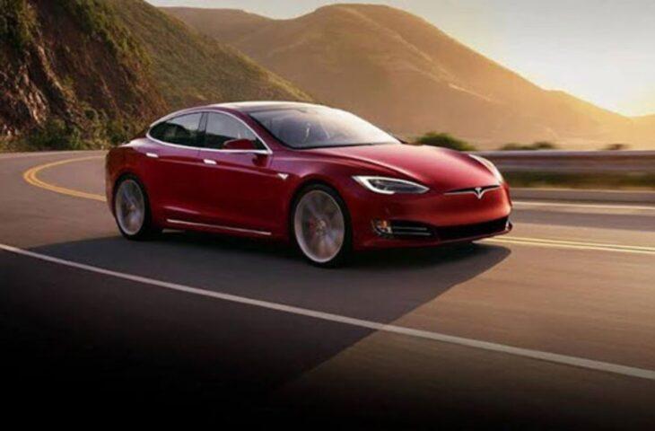 Tesla güncellemesi