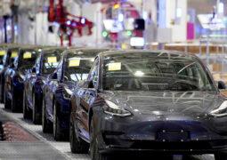 Tesla araçları Çin