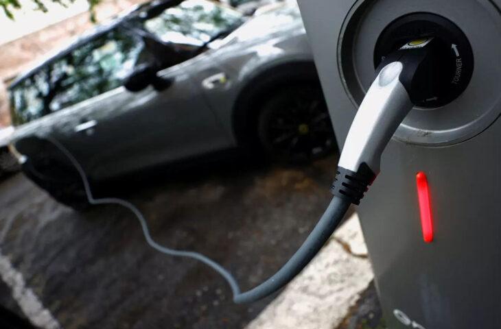 Araç paylaşım şirketi elektrikli araç