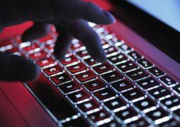 Evden çalışma siber tehlikeyi artırıyor