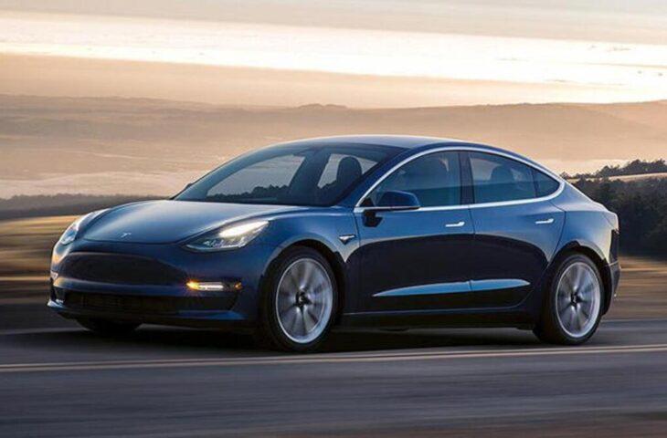 Tesla yazılım abonelik