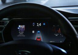 Tesla FSD yazılımı