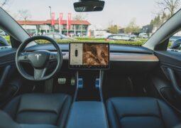 Tesla geri çağırma